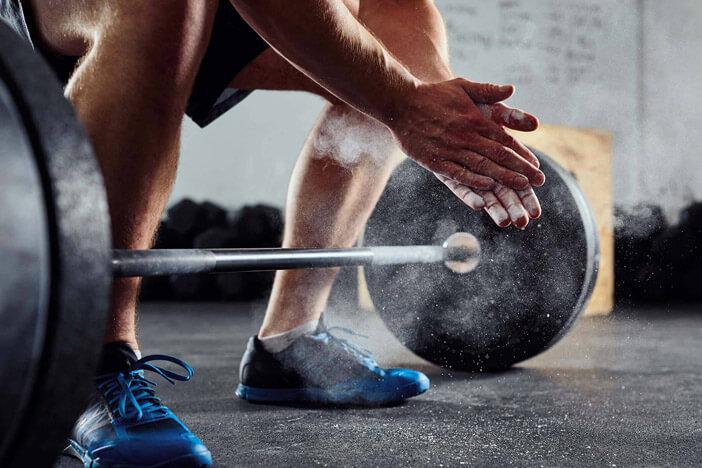 Hauptnahrungsmittel, um Muskelmasse zu gewinnen und Fett zu verbrennen
