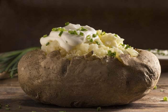 upfit-kartoffel-mit-kraeuterquark-rezept