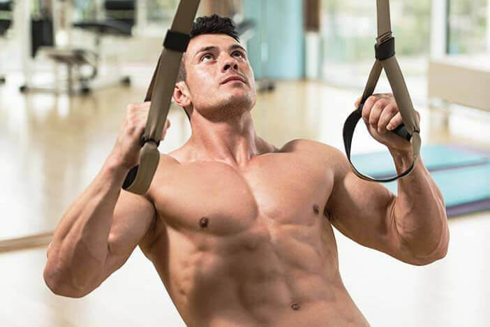man with sixpack doing an ab workout