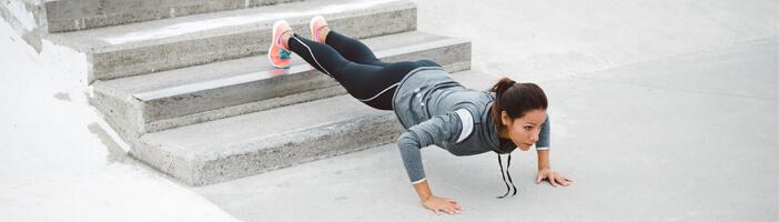 Liegestütze Training Übungen Muskelaufbau Abnehmen Brust