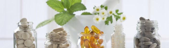 nährstoffe supplements mineralien pflanzenstoffe vitamine fettsäuren