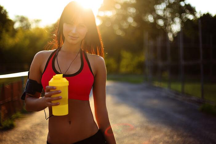 Nahrungsergänzungsmittel-Koffein-und-Trainingsbooster
