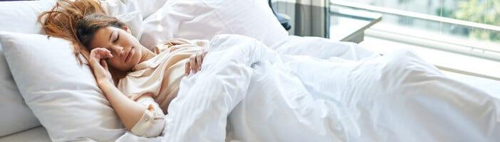upfit-abnehmen-im-schlaf-warum-gesunder-schlaf-so-wichtig-ist