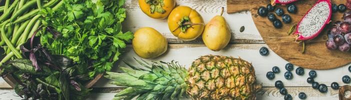 Mit Ernährung gegen die Winterdepression, was tun gegen schlechte Laune im Winter